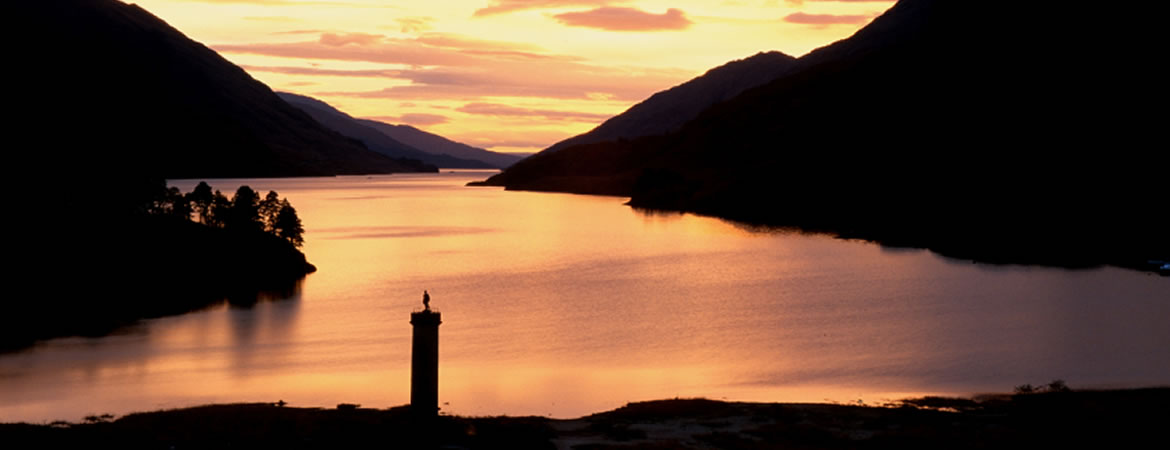 Glenfinnan Monument - Scottish Highland trails